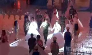بالفيديو.. زفاف جماعي لـ1100 شاب وشابة سورى من أسر الشهداء والجرحى