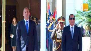 شاهد .. مراسم استقبال رسمية لرئيس بلغاريا بقصر الاتحادية