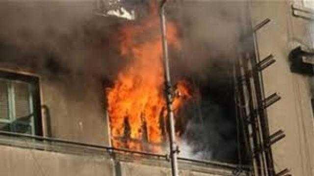 إخماد حريق نشب داخل شقة سكنية فى المقطم