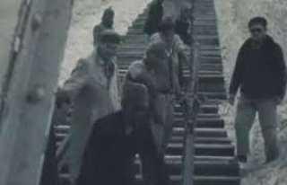 شاهد.. لقطات نادرة لليهود خلال تدميرهم سكك حديد مصر لبناء خط بارليف