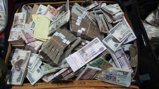 القبض على عاطل وراء سرقة 800 ألف من داخل خزينة شركة بمصر الجديدة