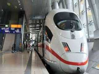 مدبولي يزور مركز التحكم والتشغيل لشركة السكك الحديدية الألمانية