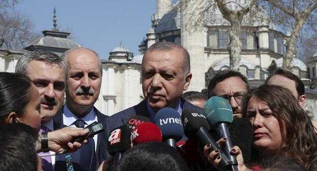أردوغان يكشف سبب عزل محافظ البنك المركزي التركي