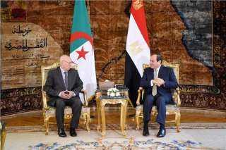 الرئيس السيسي يستقبل نظيره الجزائري بقصر الاتحادية