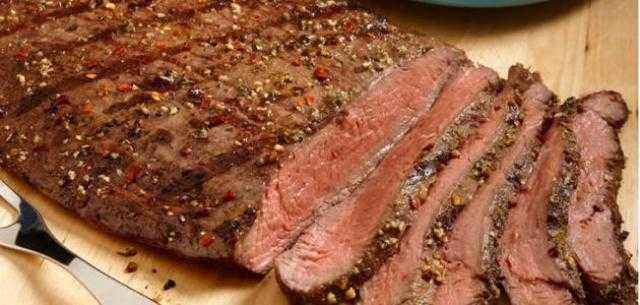 عمل قالب اللحم بالكاتشاب والروزماري