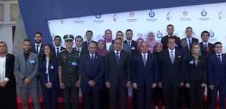 بالفيديو.. لحظة وصول الرئيس السيسي لحضور احتفال مصر بعيد العلم