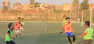 شاهد.. أول فريق كروي للأقزام في مصر