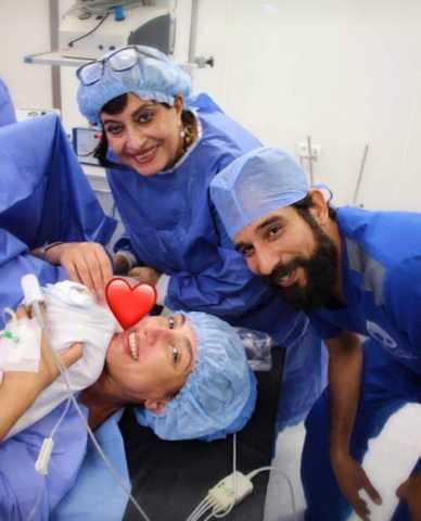 حنان مطاوع تنشر صورتها من غرفة العمليات