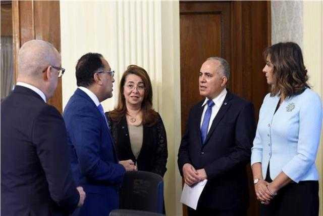 مدبولى يشهد توقيع اتفاقية لفض التشابكات المالية