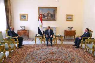بالفيديو.. لحظة أداء النائب العام ورئيس مجلس الدولة اليمين الدستورية أمام السيسي