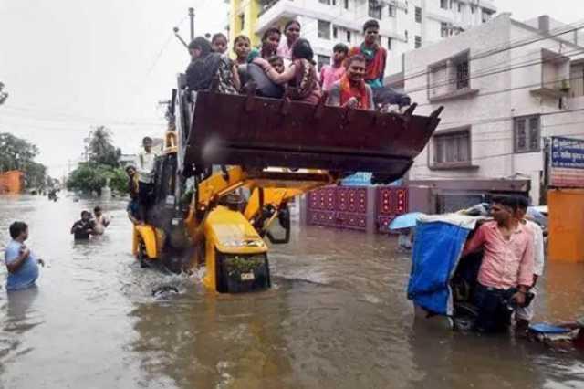 بالفيدو.. الفيضانات تقتل 113 شخصا في شمال الهند