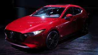 بالفيديو.. Mazda 3 الأسطورية تواصل تألقها في الأسواق