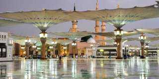 بالفيديو.. هطول الأمطار بغزارةعلى المسجد النبوي