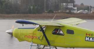 بالفيديو.. أول طائرة كهربائية تجارية تحلق في السماء
