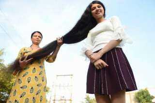 بالفيديو.. مراهقة تحتفظ بلقب صاحبة أطول شعر في العالم
