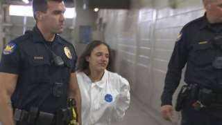 أم أمريكية تقتل أطفالها الثلاثة بطريقة محيرة (فيديو)