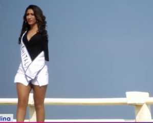 بالفيديو.. عارضة أزياء مكسيكية بلا ذراعين تتحدى مفاهيم الجمال