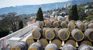 تلوث مياه نهر بـ360 ألف لتر من النبيذ الأحمر
