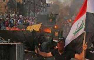 إطلاق نار وحرق خيام المتظاهرين في العراق (فيديو)