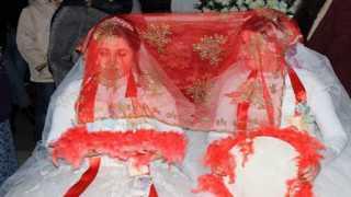 بالفيديو..  حفل زفاف لشقيقتين دون عريس بتركيا