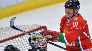 الرئيس البيلاروسي: الهوكي أفضل علاج من الفيروسات (فيديو)