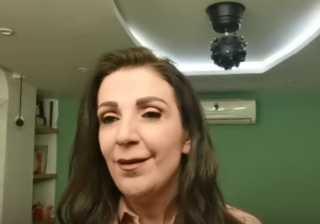 بالفيديو.. وفاء موصلي توجه رسالة إلى هناء نصور بعد إصابتها بكورونا