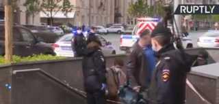 شرطة موسكو تحقق في أنباء عن احتجاز رهائن في فرع مصرف وسط العاصمة الروسية