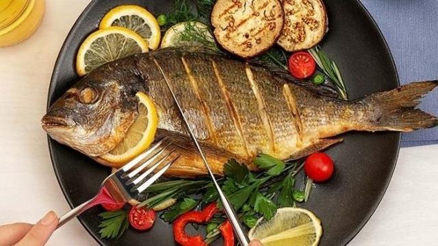 تناول السمك يعزز الصحة | المرأة والصحة | الصباح العربي