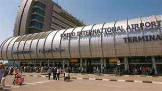 مطار القاهرة يستقبل رحلتين على متنهما 600 مصري عالق بالكويت