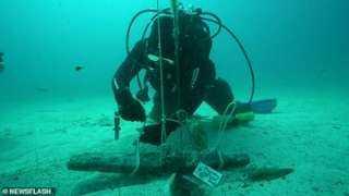 انتشال مرساة بحرية من عصر الإسكندر الأكبر من قاع المتوسط (فيديو)