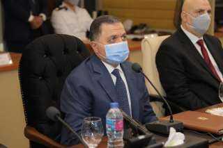 وزير الداخلية يتابع سير الانتخابات من غرفة العمليات عبر الفيديو كونفراس