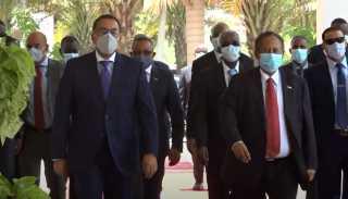 بالفيديو.. بدء المباحثات بين رئيس الوزراء ونظيره السودانى بالخرطوم
