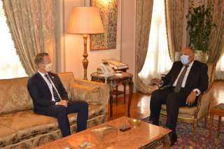 شكري يستقبل وزير خارجية الدنمارك يبّي كوفود بالقاهرة