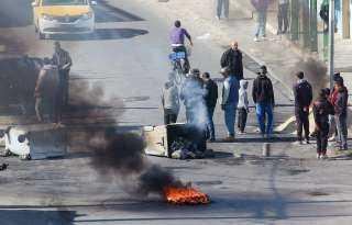 بالفيديو.. اشتباكات بين الشرطة التونسية و محتجين في سليانة إثر اعتداء شرطي على راعي أغنام