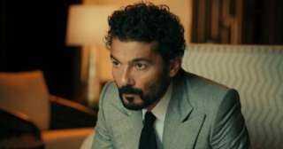 رئيس لجنة مكافحة كورونا يكشف الحالة الصحية للفنان خالد النبوي