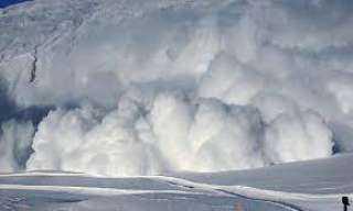 انهياران ثلجيان في جبال الألب الفرنسية يخلفان 7 قتلى