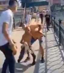 شاهد.. الأمن يكشف ملابسات إلقاء طفل في مجرى مائي