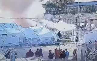 """كاميرات المراقبة توثق لحظات إحراق نساء """"داعش"""" الأوروبيات الخيم في مخيم روج شرقي سوريا"""